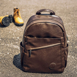 Men Vintage Large Capacity Backpack With Headphone Port
